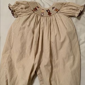 Stelly belly smocked outfit